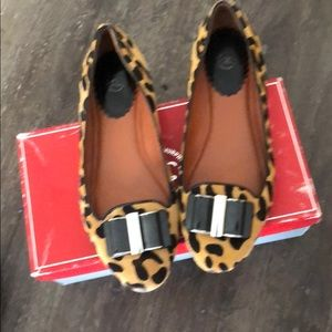 Leopard flats- JOHNSTON ANS MURPHY